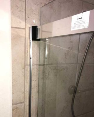 Enigma XT Showerdoor caulking and sealing edges